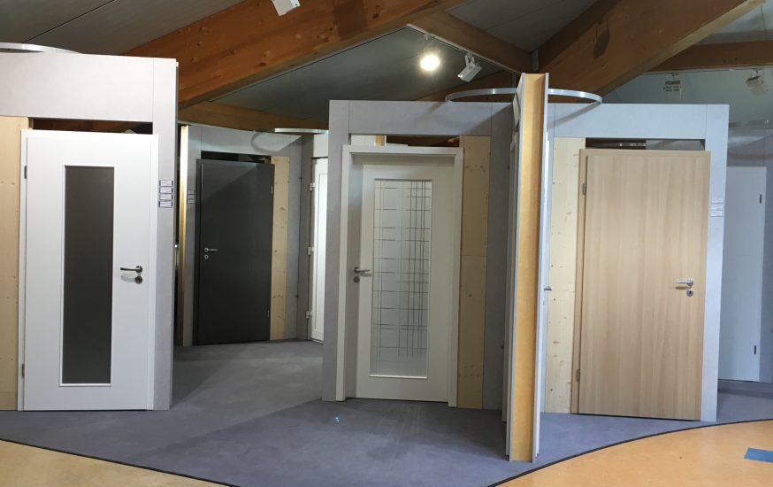 Türen und Fenster für den Innen- und Außenbereich